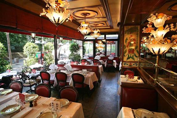 restaurant-au-pied-de-cochon-0