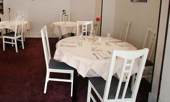 restaurant-clocher-pereire-0