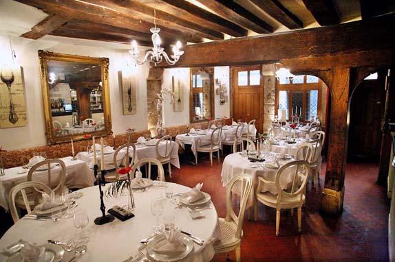 restaurant-l-auberge-nicolas-flamel-0