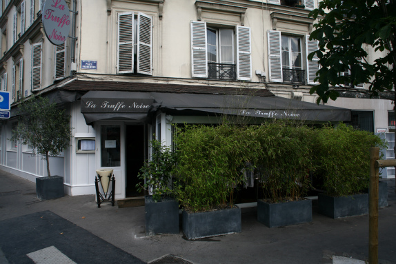 restaurant-la-truffe-noire-0