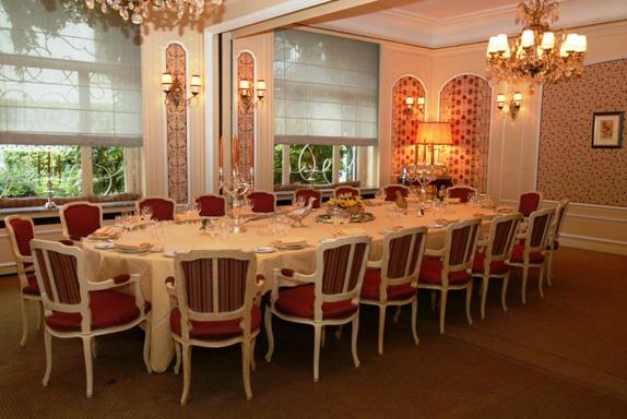restaurant-lasserre-1