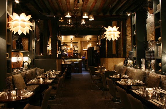 Info restaurant chic a paris for Le miroir resto paris