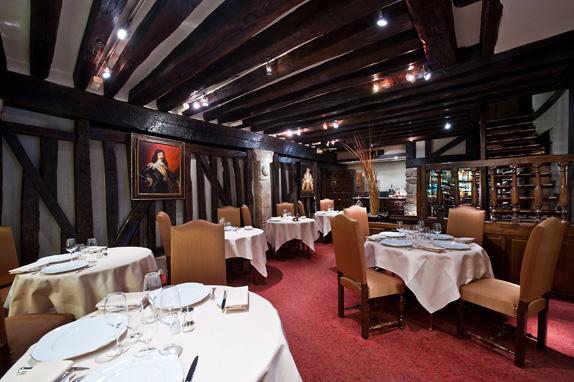restaurant-le-relais-louis-xiii-0