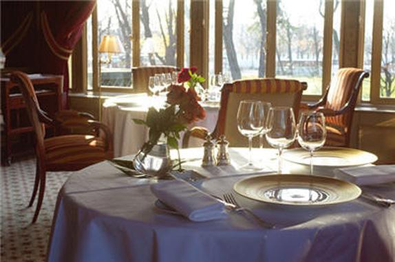 restaurant-ledoyen-1