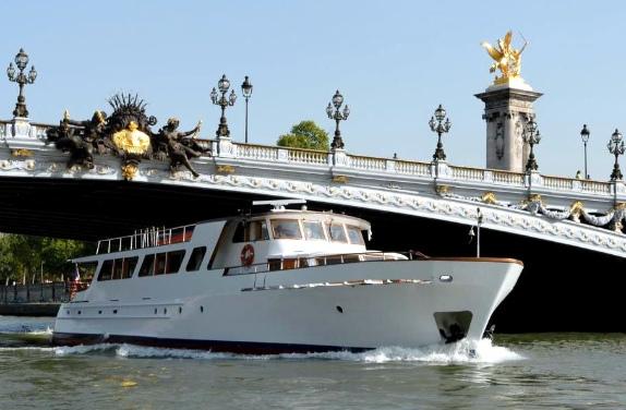 restaurant-les-yachts-de-paris-2