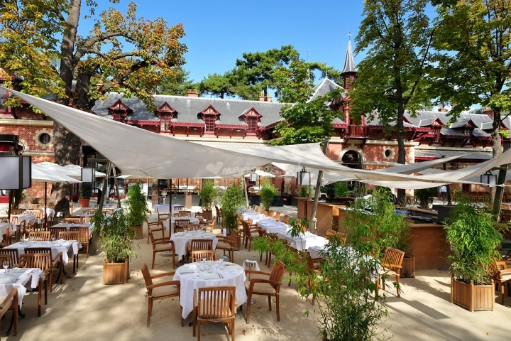 Terrasse jardin paris restaurant for Resto avec jardin paris