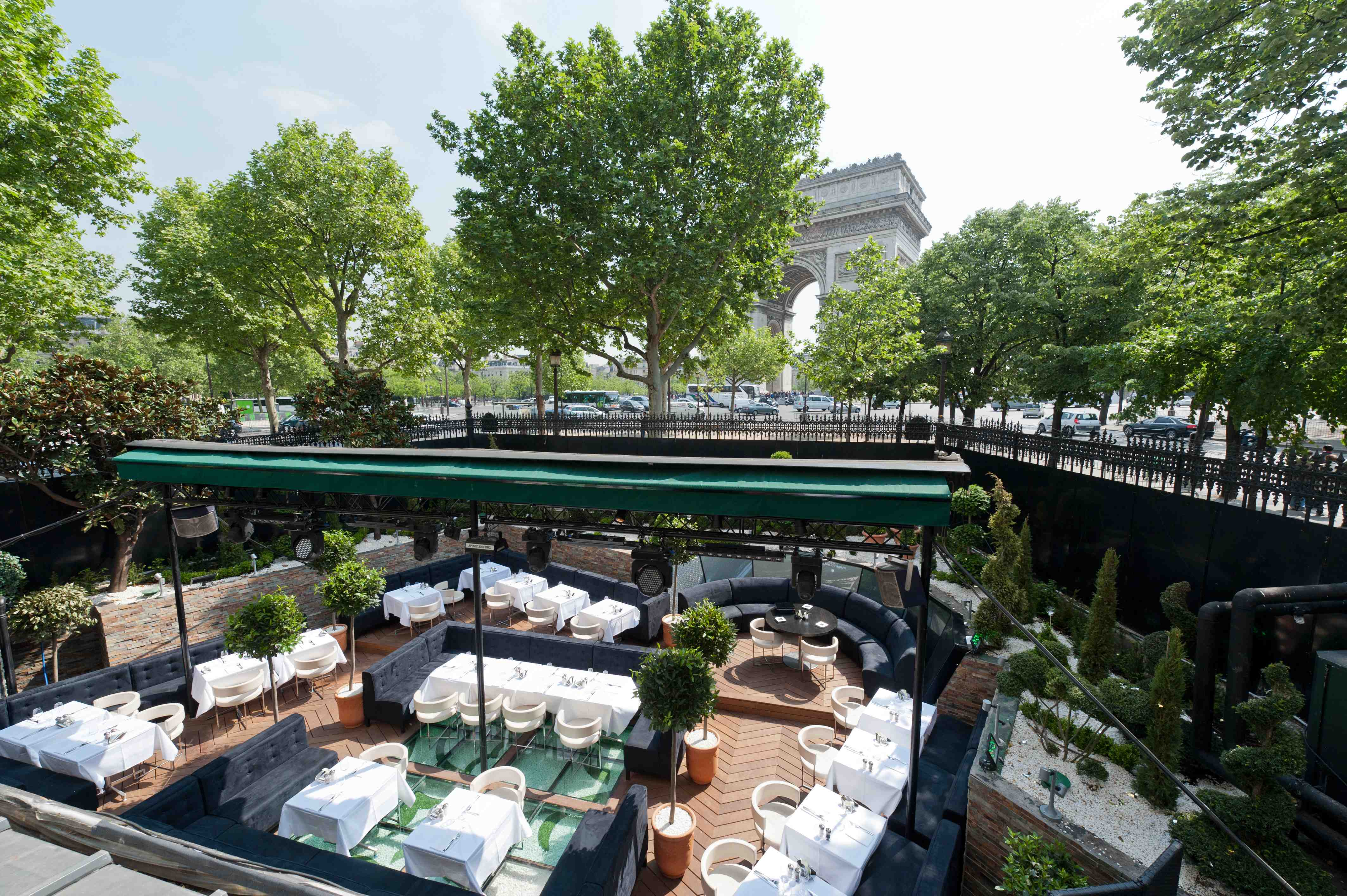 Terrasses branch es paris terrasse de l arc guides for Restaurant paris terrasse jardin