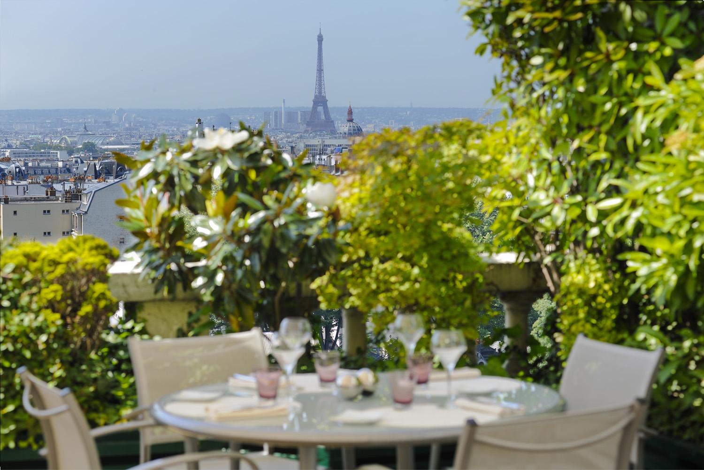 les restaurants gastronomiques paris terrasse comprise terrass hotel terrasse guides. Black Bedroom Furniture Sets. Home Design Ideas