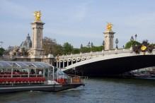 bateaux-parisiens-02