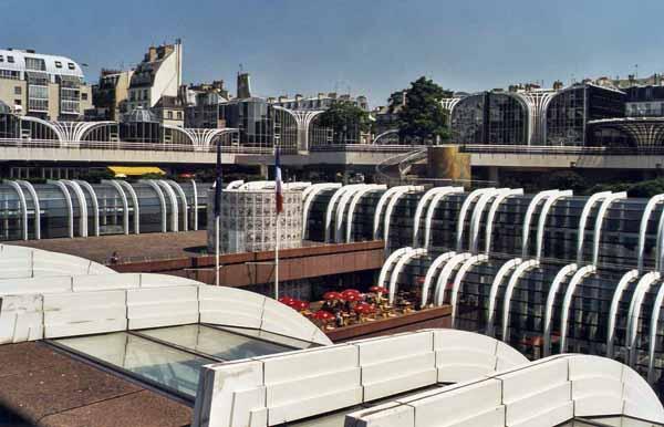 Les halles guide restaurant paris - Les halles boutiques ...