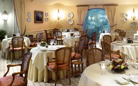restaurant-hotellerie-du-chateau-du-domaine-saint-martin-0