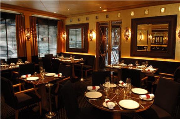 restaurant-la-table-de-joel-robuchon-0