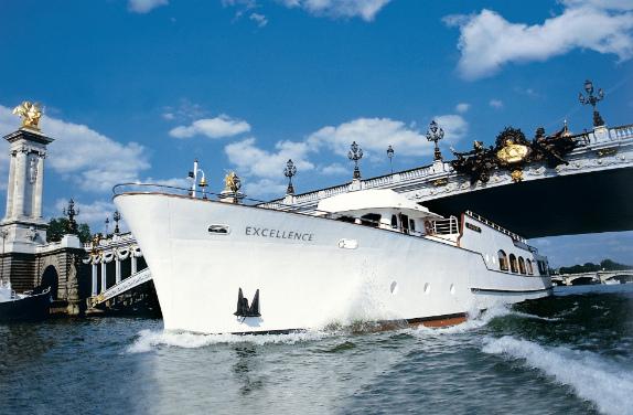 restaurant-les-yachts-de-paris-0