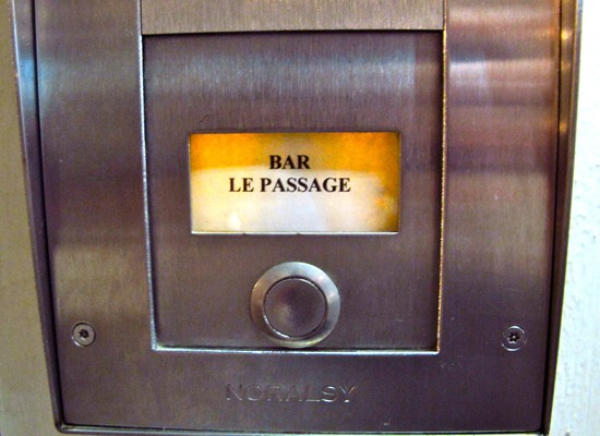 le-bar-du-passage-une