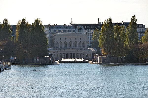 les-canaux-parisiens