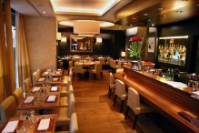 restaurant-le-cou-de-la-girafe-1